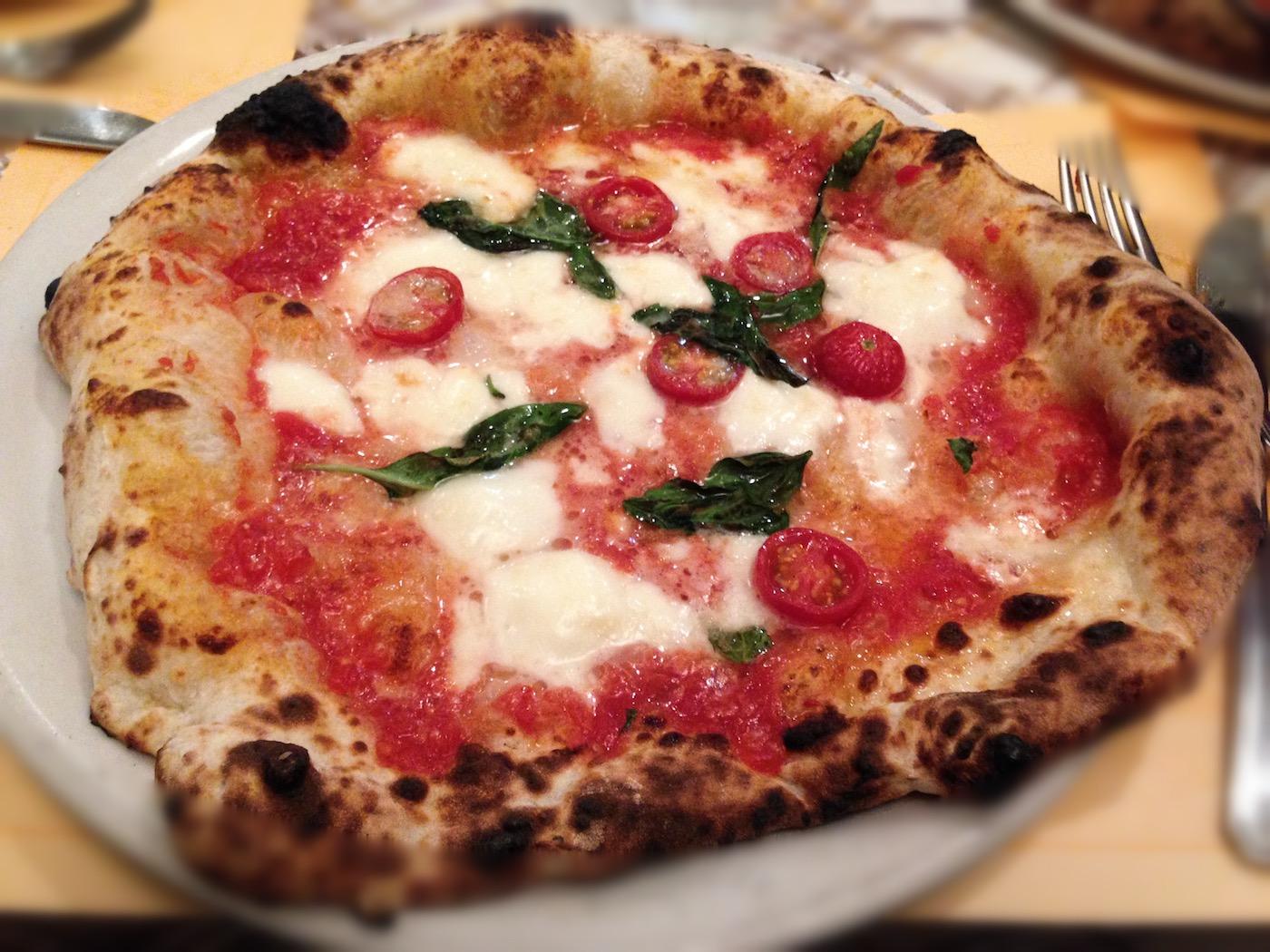 L'amore dei giapponesi per la pizza napoletana